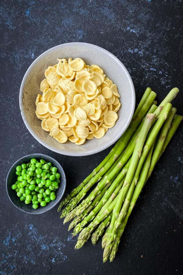 Orecchiette pasta, peas and asparagus