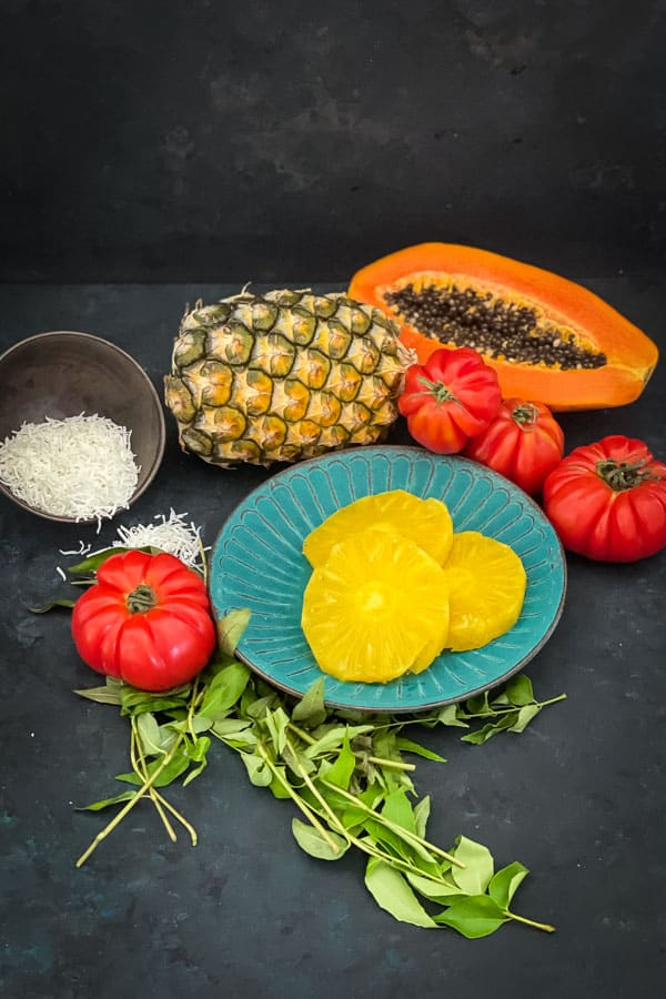 Charred Pineapple Salad with Papaya Ingredients