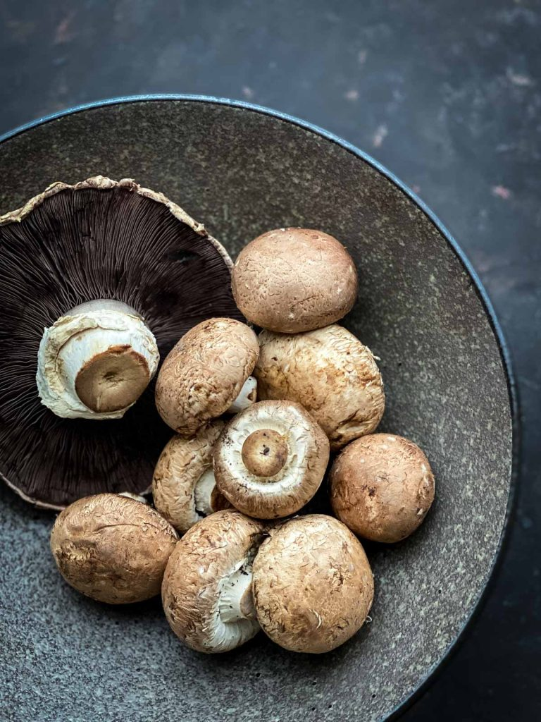 Portobello and Swiss brown mushrooms