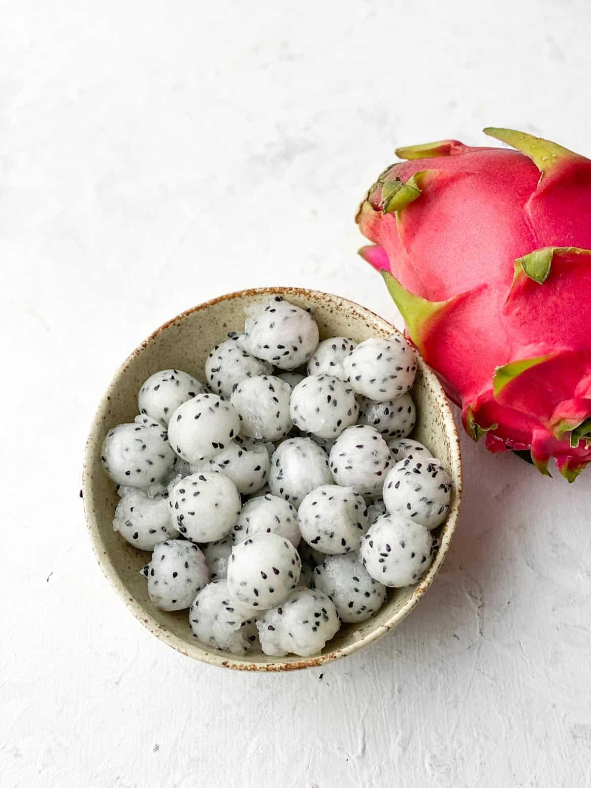 Dragon fruit balls